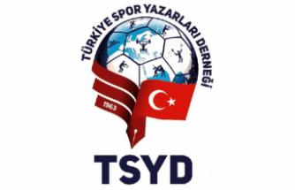TSYD İzmir Şubesi tarafından Ege'de yılın spor ödülleri belirlendi