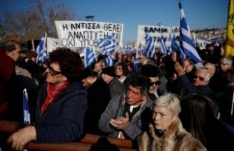 """Yunan adalarında """"göçmen krizi"""" grevi"""