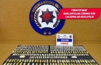 İranlı 5 yolcunun midesinden 3 kilo 385 gram eroin çıktı