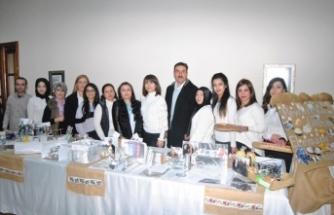 Ödemiş'te halk eğitim kursları sergisi açıldı