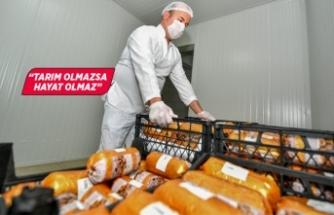 Büyükşehir gıda paketlerine kavurma da ekledi