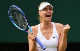 Sharapova, telefon numarasını takipçileriyle paylaştı