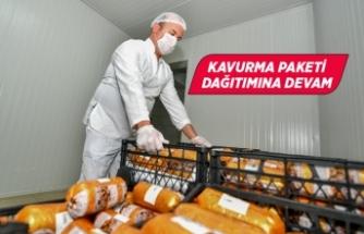 Büyükşehir'den hem üreticiye hem İzmirliye destek