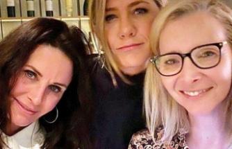 Lisa Kudrow: Friends'in çekim tarihi belirlendi