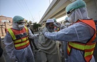 Virüs nedeniyle 17 sağlık çalışanı hayatını kaybetti