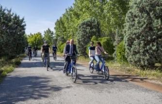 Dünya Bisiklet Günü'nde tandem bisiklet müjdesi
