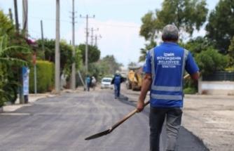 İzmir'de asfalt atağı sürüyor