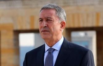 Bakan Akar: Fransa Türkiye'den özür dilemeli