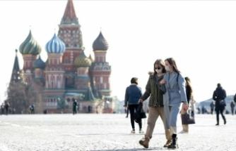 Rusya'da Kovid-19 vaka sayısı 714 bine yaklaştı