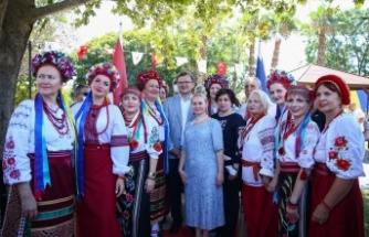 Ukrayna Dışişleri Bakanından Antalya'ya övgü