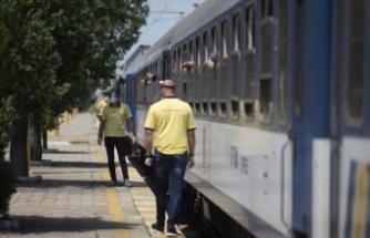 Yılın ilk arabalı treni Kapıkule'den giriş yaptı