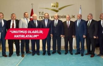 AK Partili Kaya'dan Selvitopu'na fotoğraflı yanıt