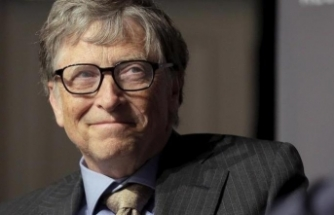 Bill Gates'ten Covid-19 testine tepki