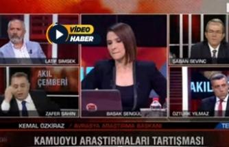 CNN Türk'te ortalık fena karıştı! Sunucu ne yapacağını şaşırdı!