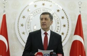 Milli Eğitim Bakanı Ziya Selçuk'tan maske uyarısı