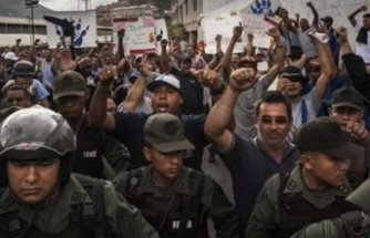 Venezuela'da 15 isyancı askere 24'er yıl hapis cezası