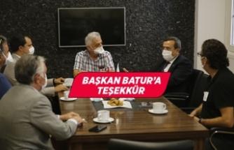 Batur: Sağlık çalışanlarımızın yanındayız