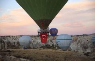 Kapadokya'da balonlar, Cumhuriyet için havalandı