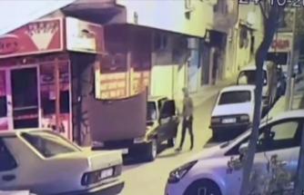 İzmir'de aynı gece 3 araç çalan 2 zanlı tutuklandı