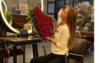 Uğur Akkuş'tan Ebru Şallı'ya romantik sürpriz