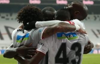 Beşiktaş seriye bağladı… Üç gol, bir kırmızı kart