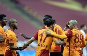 Galatasaray 3 golle zirveye ortak oldu