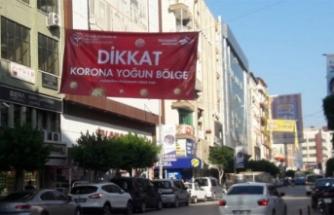 'Korona yoğun bölge' afişleri asıldı