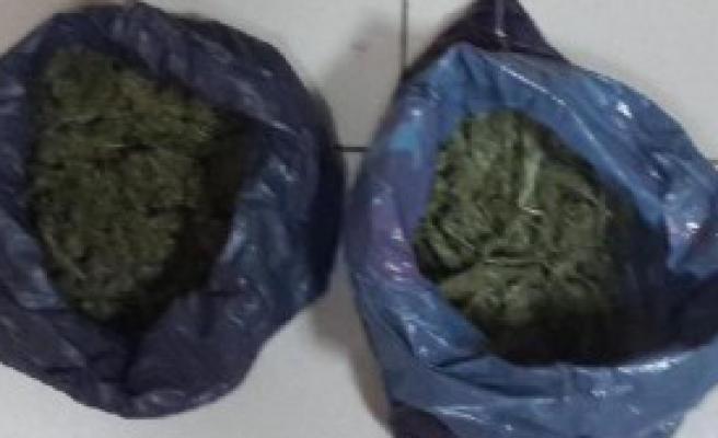 İzmir'de Uyuşturucuya 6 Tutuklama