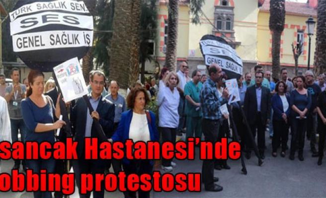 Alsancak Devlet Hastanesi'nde Mobbing Protestosu