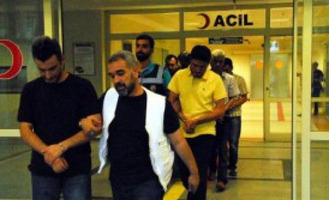 Siirt'te 6 Polise Fetö Gözaltısı