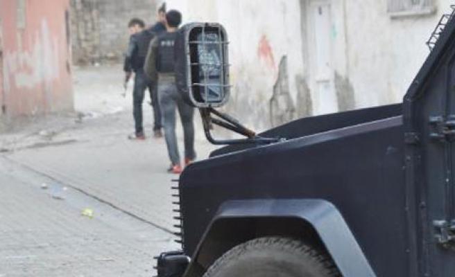 Adliye Binasına Roketli ve Silahlı Saldırı