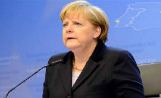 Merkel: Almanya, İsrail'in Tarafında
