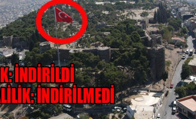 İzmir'de Bayrak Polemiği