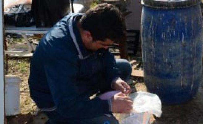 Çiftlik Evine Kaçak İçki Baskını