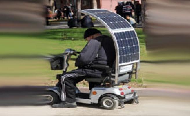 Güneş Enerjisi İle Çalışan Engelli Aracı