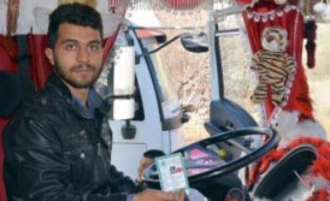 Peşmergeler IŞİD'ci Diye Gözaltına Aldı