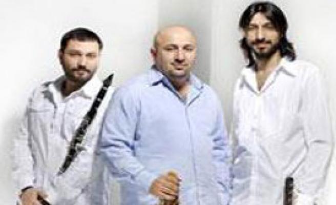 Taksim Trio İzmir'de