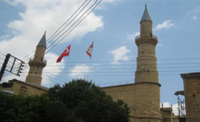 Kıbrıs'ta Ezan Sorunu Çözüldü