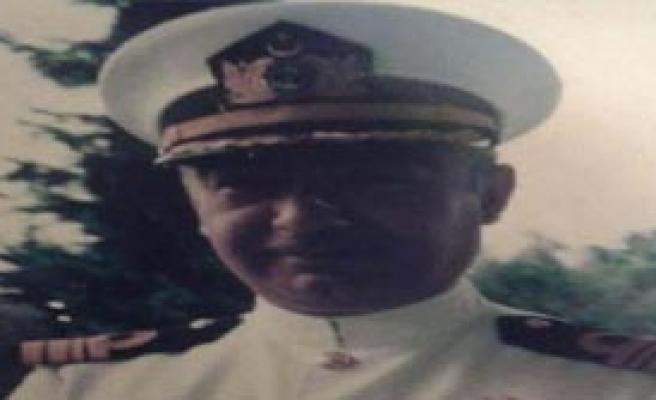 Albay Kalp Krizinden Öldü
