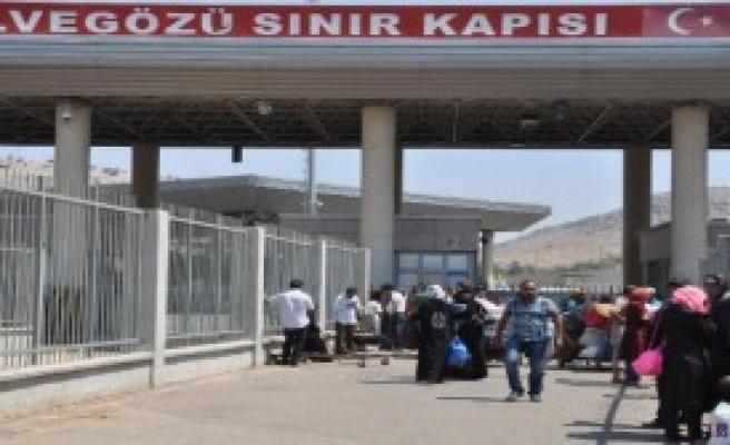 1500 Suriyeli Ülkesine Döndü