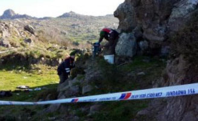 Antik Kentte Kaçak Kazıya 4 Gözaltı