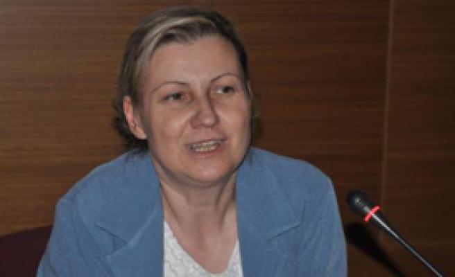 'Çocuk Yaşta Evlilikler Türk Aile Yapısını Tehdit Ediyor'