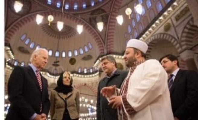 Bıden'den Süleymaniye'de Fotoğraf