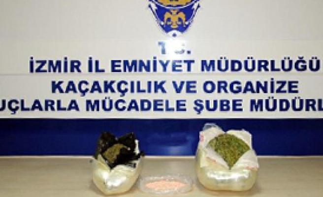 İzmir'de Zehir Tacirlerine Geçit Yok
