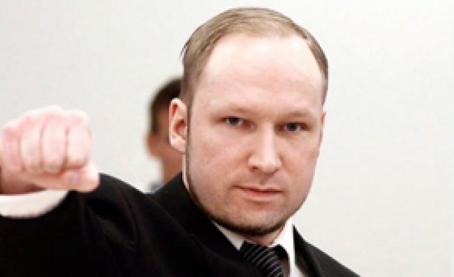 Savcı, Breivik'i Çürüğe Çıkardı!