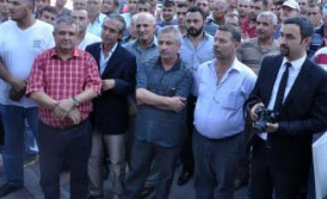 Somalı Madencilerden Kredi Protestosu