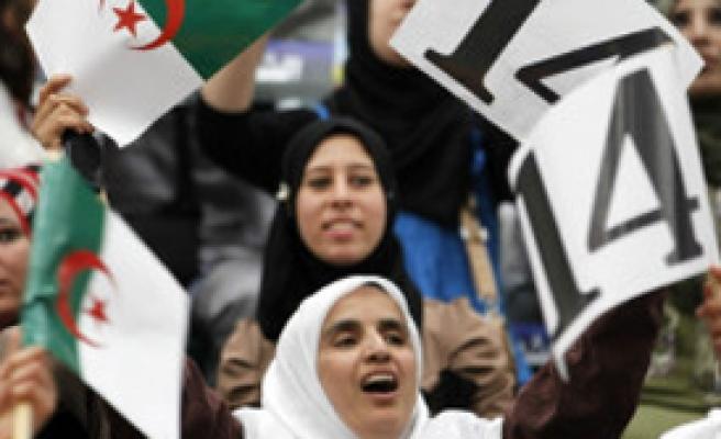 Cezayir'de Seçim Zamanı