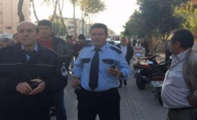 2 Kardeşe Ardından Polislere Saldırıp Kaçtılar