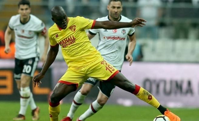 Demba Ba, Beşiktaş ile anlaştığı için mi kadro dışı bırakıldı?