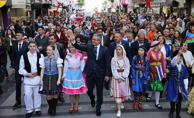 Dünya çocukları, Karşıyaka'da buluşacak